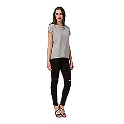 Miss Selfridge - Grey curve hem tee