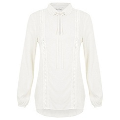 Miss Selfridge - Crochet insert blouse