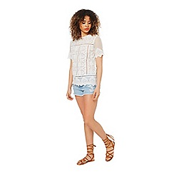 Miss Selfridge - White lace scallop tee