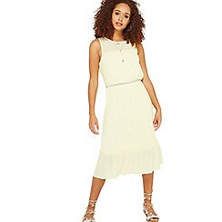 Miss Selfridge - Yellow belted plisse dress