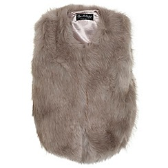 Miss Selfridge - Cropped faux fur gilet