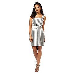 Miss Selfridge - Petites stripe belted dress