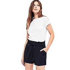 Miss Selfridge - Petite paper bag shorts