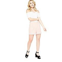 Miss Selfridge - Petite lace hem shorts