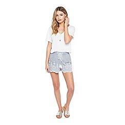 Miss Selfridge - Petite stripe shorts