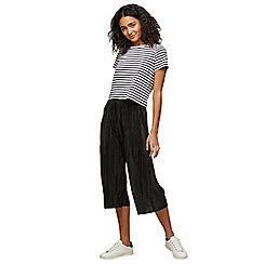 Miss Selfridge - Petite plisse trousers