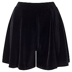 Miss Selfridge - Black velvet flippy short
