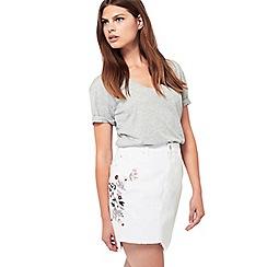 Miss Selfridge - White embroided denim skirt