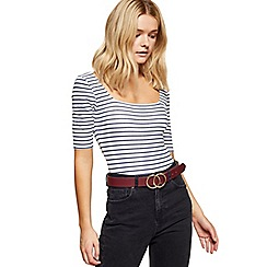 Miss Selfridge - Burgundy circle jeans belt