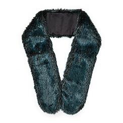 Miss Selfridge - Green faux fur stole