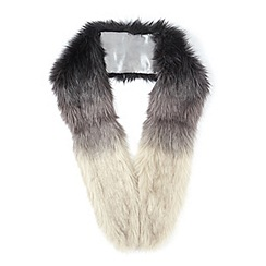Miss Selfridge - Grey ombre faux fur stole