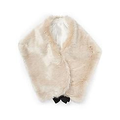 Miss Selfridge - Grey oversized faux fur stole
