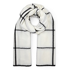 Miss Selfridge - Mono blanket check scarf