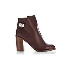 Miss Selfridge - Aveley twist lock ankle boots