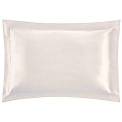 Sheridan - White 'Lanham' bed linen
