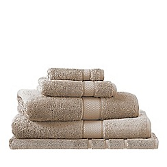 Sheridan - Light Brown 'Luxury Egyptian' towels