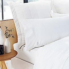 Sheridan - White 'Abbotson' sheets