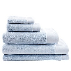 Sheridan - Light Blue 'Luxury Retreat' towels