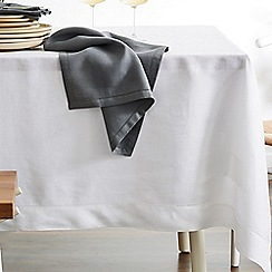 Sheridan - White 'Abbotson' table linen