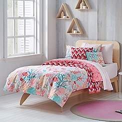 Sheridan - light pink 'Angelfish' kid's bed linen