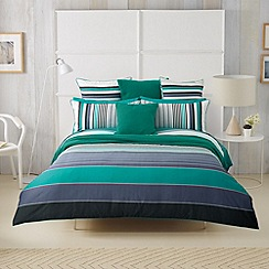 Sheridan - green 'Airlie' bed linen