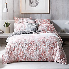 Sheridan - Red 'Islington' bedding set