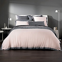 Sheridan - Blush 'Ekard' bed linen