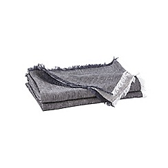 Sheridan - Dark grey 'Alena' throw