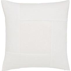 Sheridan - White 400 thread count 'Martens' cushion