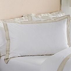 Sheridan - Cream 400 thread count 'Edington' Oxford pillow case pair