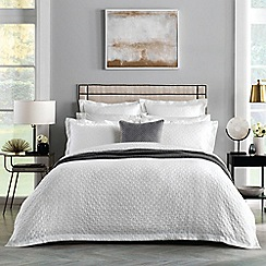 Sheridan - White 200 thread count 'Otterson' duvet cover