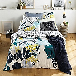 Sheridan - Blue 220 thread count 'Arbor' bedding set