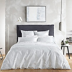 Sheridan - Silver 'Ardel' 240 thread count bedding set