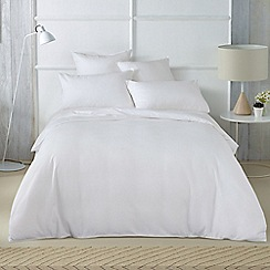 Sheridan - White 'Abington' bedding set