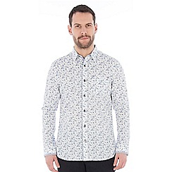 Jeff Banks - White spray floral print shirt