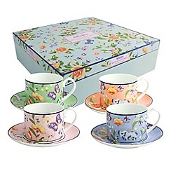 Aynsley China - Aynsley Cottage Garden 4 cups and saucers set.