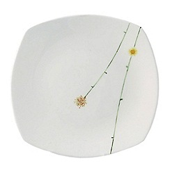 Aynsley China - White Daisy chain side plate