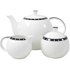 Aynsley China - White 'Mozart' beverage set