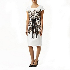 Precis Petite - Placement Print Shift Dress