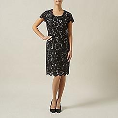 Precis Petite - Luxe Lace Dress