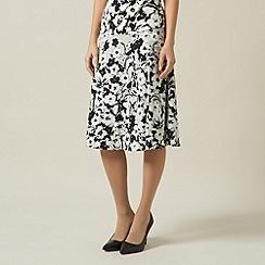 Precis Petite - Pansy Print Jersey Skirt