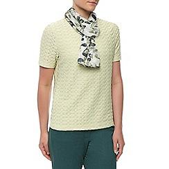 Eastex - Chateaux leaf print scarf