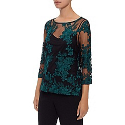 Kaliko - Contrast Lace Embroidered Top