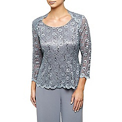 Jacques Vert - Stretch Lace Scoop Neck Top