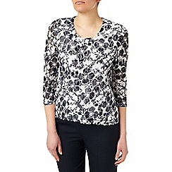 Eastex - Printed Lace Scoop Neck Top