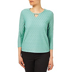Eastex - Keyhole Detail Textured Top