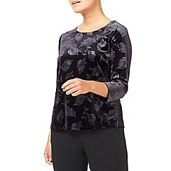 Eastex - Embossed Velvet Top