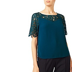 Jacques Vert - V Neck Lace Contrast Shell Top