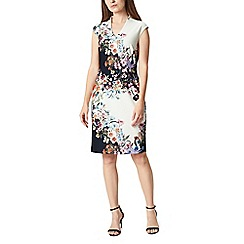 Precis - Petite trailing floral dress
