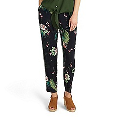 Phase Eight - Mila print trousers